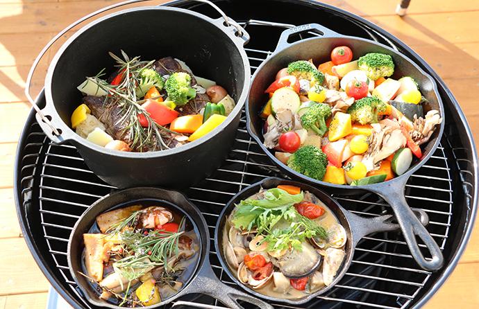 ダッチオーブンやスキレットで本格料理も簡単